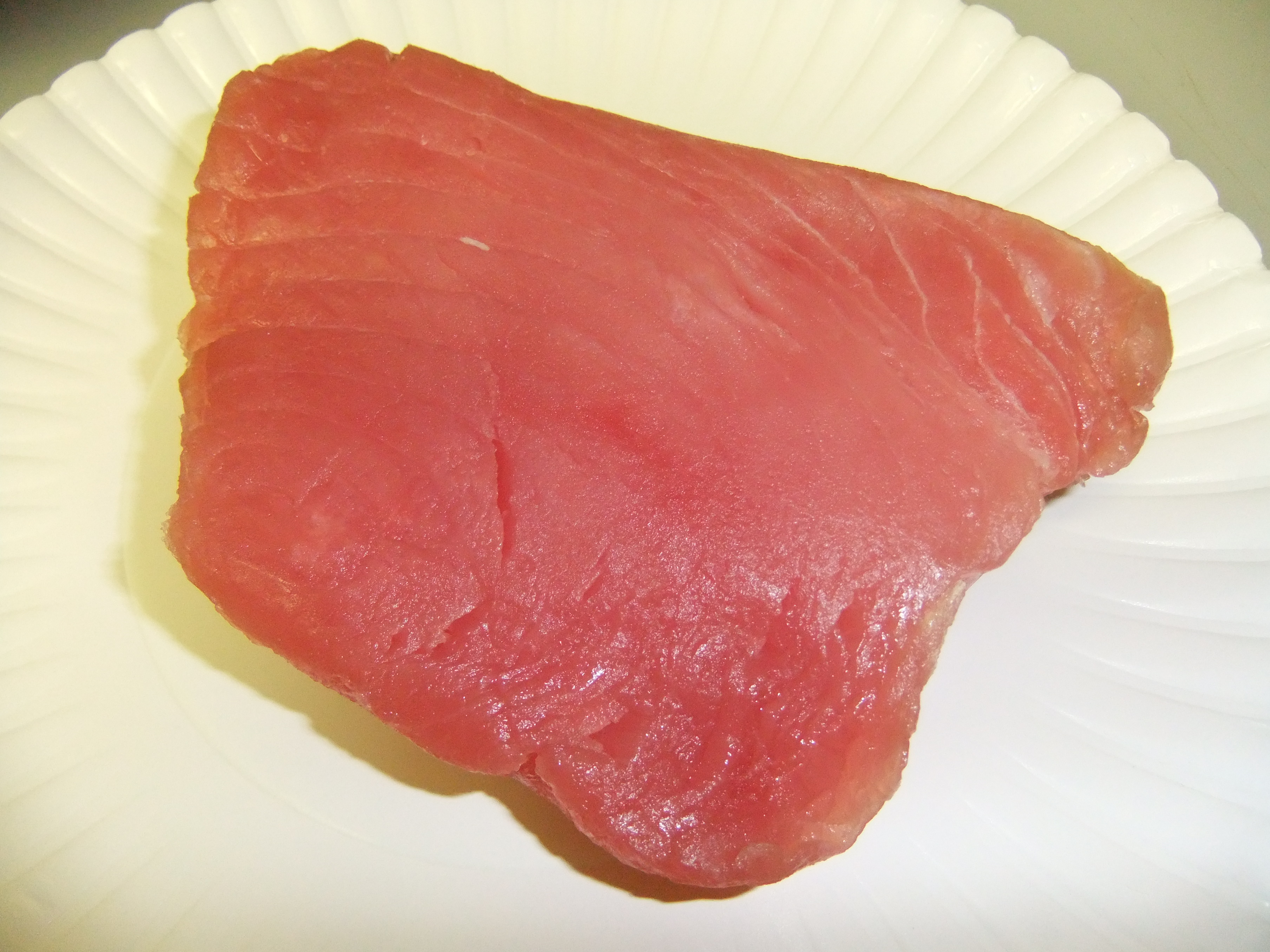 Let s cook tuna poke a la aulani eating and drinking for Where can i buy sushi grade fish