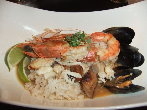 "Wild Caught Jumbo Prawn and Crab ""Hot-Pot"" at Artist Point"