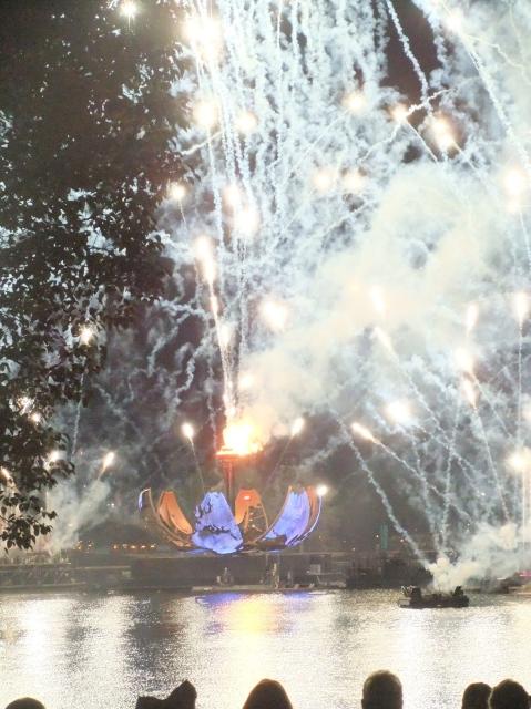 Illuminations finale
