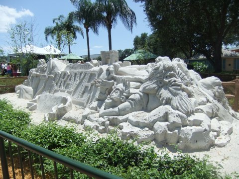 """Brave"" Sand Sculpture in Epcot"