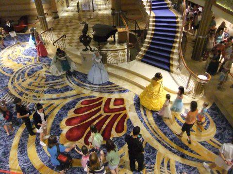 Mass Princess meet-and-greet in the Dream atrium
