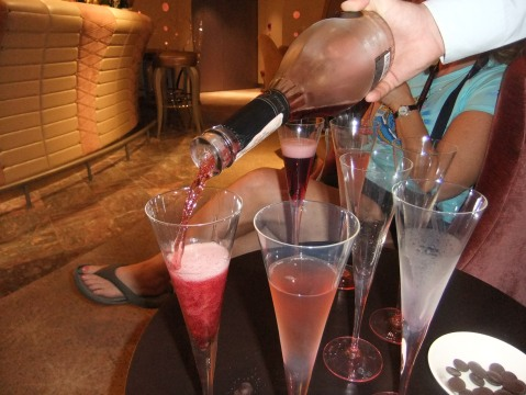 Champagne tasting in Pink