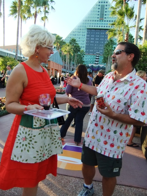 That Retro-Rad Chic Emily Ellyn showed up for the festivities and I quickly accosted her - she got rid of me by giving me a gift of cherry tomatoes to go away...