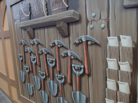 Seven Dwarfs Mine Train Construction Wall
