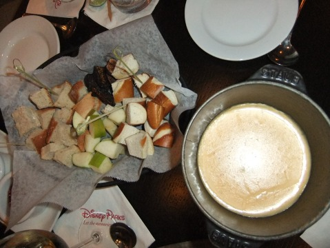 Sharp Cheddar-Beer Fondue - pretzel sticks, house-made sourdough, Washington State apples, and dried fruit