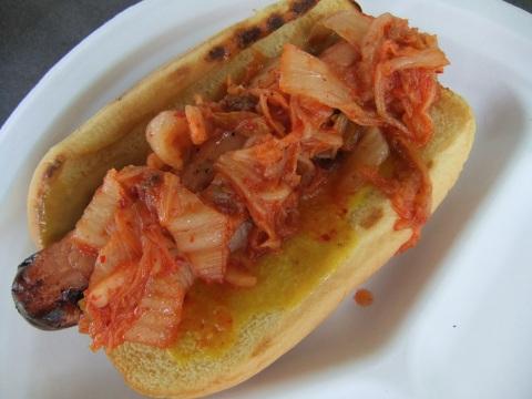 Kimchi Hotdog