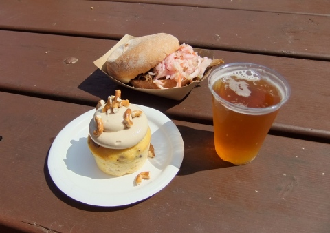 """Piggylicious"" Bacon Cupcake, Pulled Pig Slider and (of course) a beer"