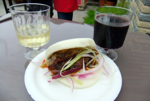 Beijing Roasted Duck in a Steamed Bun with Coppola Su Yuen Reisling and Su Yuen Red Wines from China